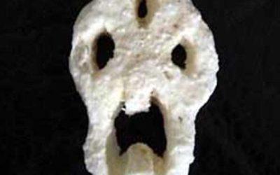 SpookyComb: Edvard Munch Honeycomb